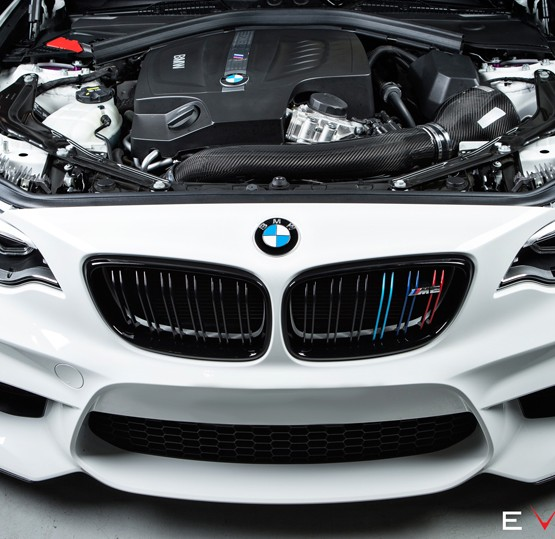 M2-carbon-intake-eventuri-car (1)