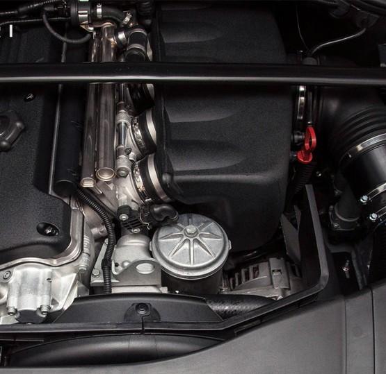 E46-M3-Eventuri-Intake-top2