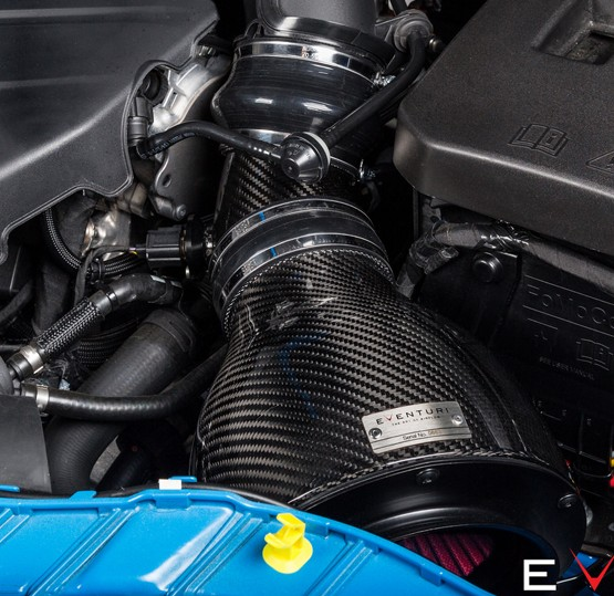 Ford-Focus-MK3-RS-Intake-Eventuri-close