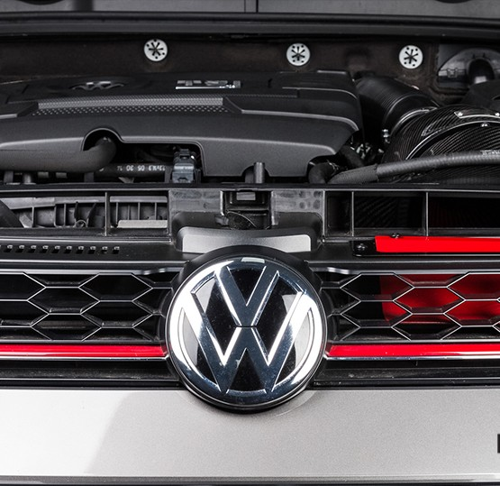 Golf-GTi-7-intake-grill-eventuri