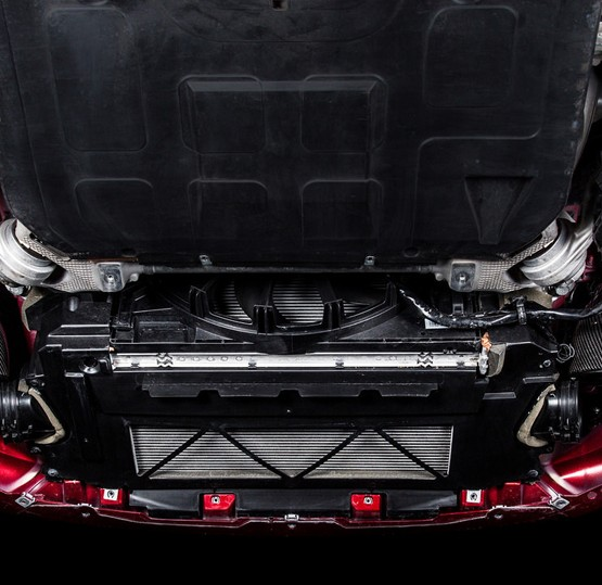 Jaguar-F-Type-eventuri-intake-under